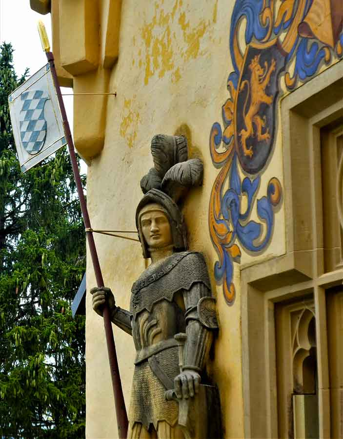 Germany Fairytale Castle Trip - in pictures. Images of some of the most beautiful castles in Germany, fit for a princess or the setting of a Disney film. #germany #fairytalecastles #germancastles