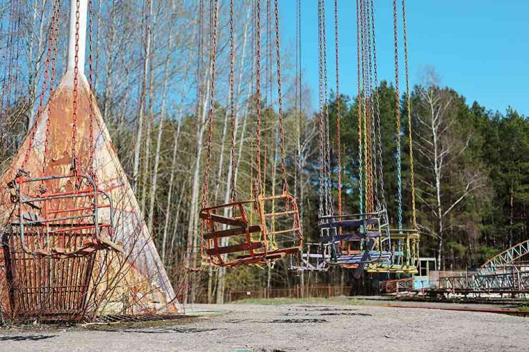 Visiting an Abandoned Amusement Park in Elektrenai, Lithuania 6