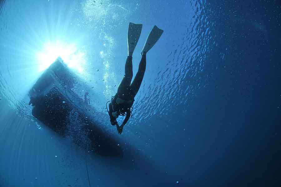 Belize Blue Hole Tour: Is this Belize scuba diving experience REALLY worth the $350 price tag? 3