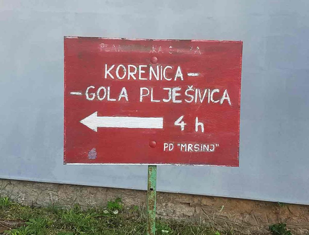 The-start-point-of-the-Pljesivica-hike-located-in-Korenica Optimised