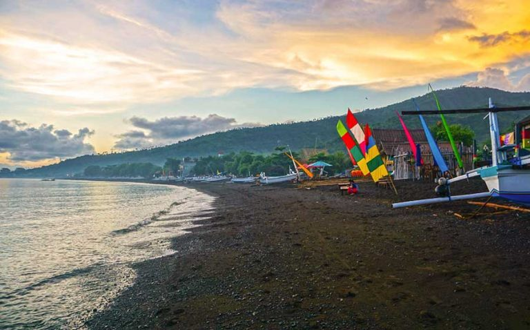 bali bucket list Sunrise-on-Amed-Beach-in-East-Bali-Indonesia-optimised