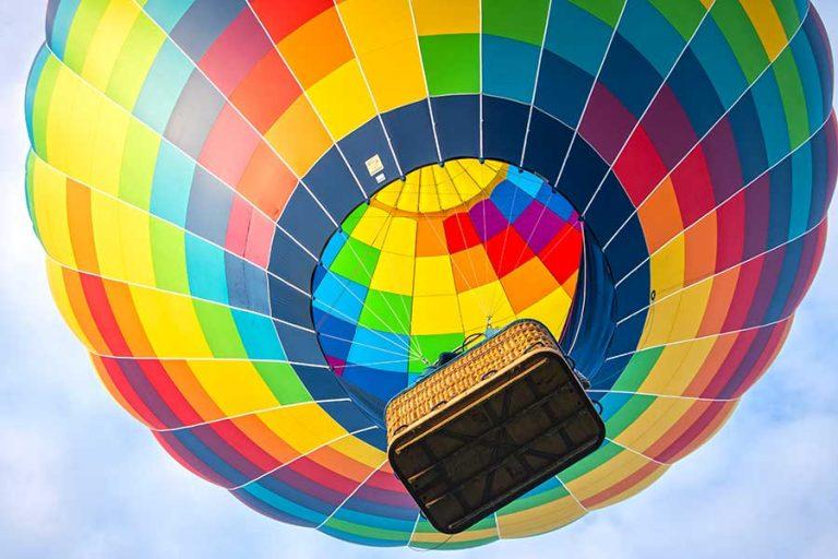 Bali Bucket List Photo by Lesly Juarez on Unsplash Hot Air Balloon