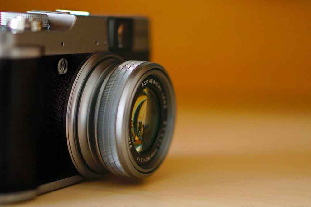 14 Of The Best Cameras for Bloggers - The Top Blogging Camera for Every Niche! 8